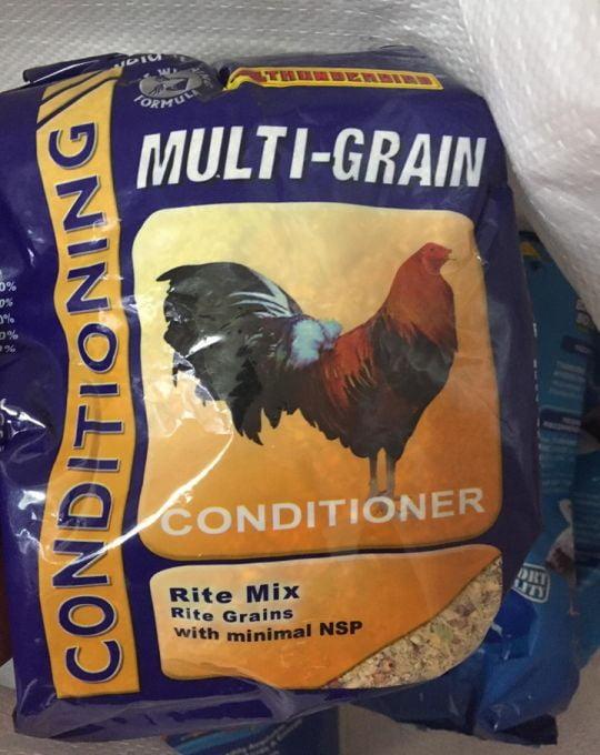 Thức Ăn Cho Gà Giai Đoạn Biệt Dưỡng Multi-Grain Thunderbird